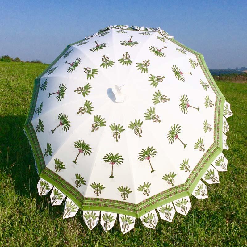 Indian Summer Garden Parasol Bannana Tree
