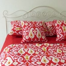 Vibrant Ikat printed bedspread sets - Red